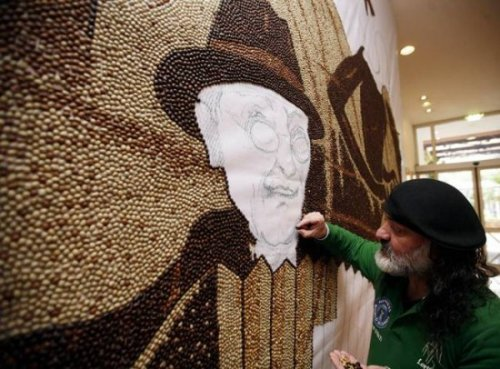 Мозаика из кофейных зерен