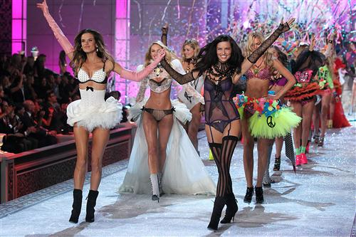 Victoria's Secret Fashion Show 2011-2012