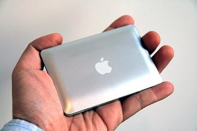 Миниатюрный MacBook Air