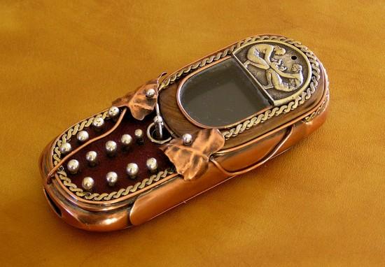 Телефон в стиле стимпанк