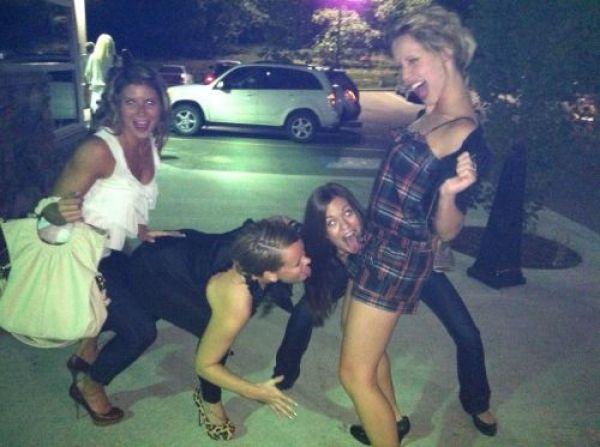 фото пьяных женщин на корпоративе