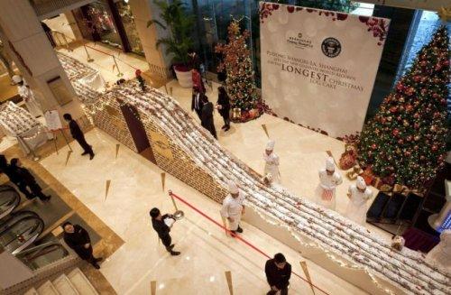 Рождественский кекс длиной в 1 километр