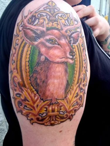 Невероятные новогодние татуировки