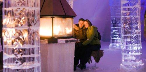 Ледяной отель в Канаде