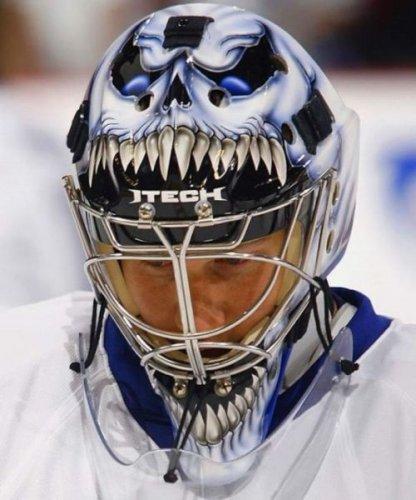 Необычные креативные спортивные шлемы