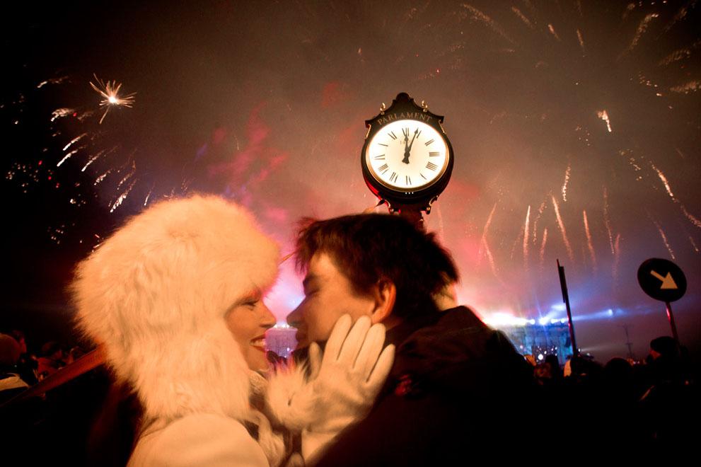 Как встретить с девушкой новый год