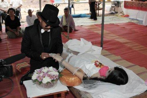 Мужчина женился на мертвой невесте