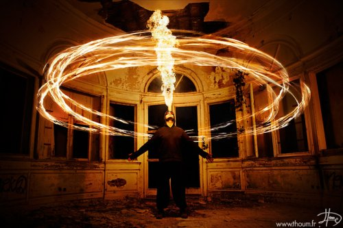 Игры с огнем от фотографа Tom Lacoste