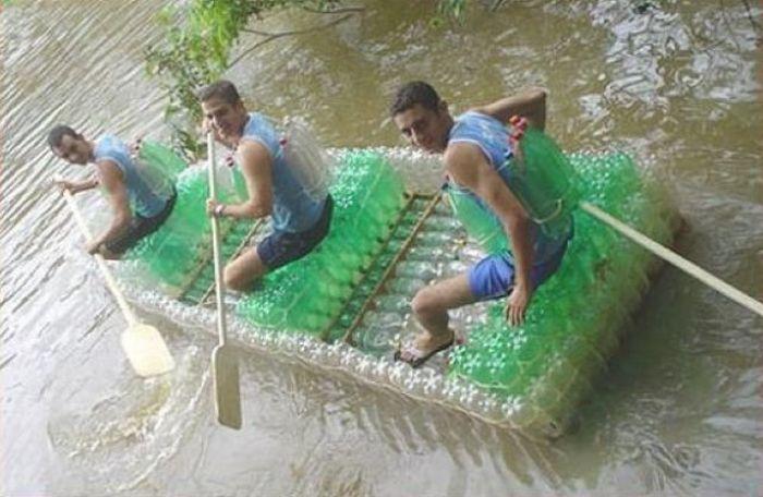 плот лодка из пластиковых бутылок своими руками