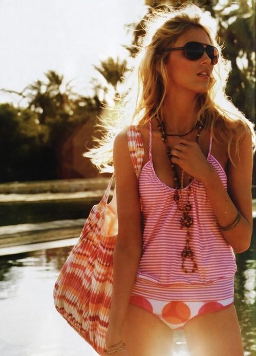 http://www.bugaga.ru/uploads/posts/2012-02/1329930750_women-16.jpg