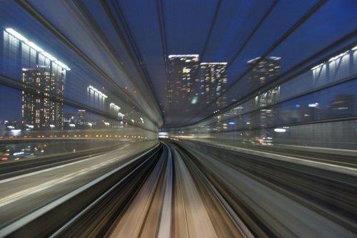 Запечатленная скорость японских поездов