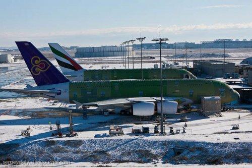 Как строят огромные авиалайнеры А380