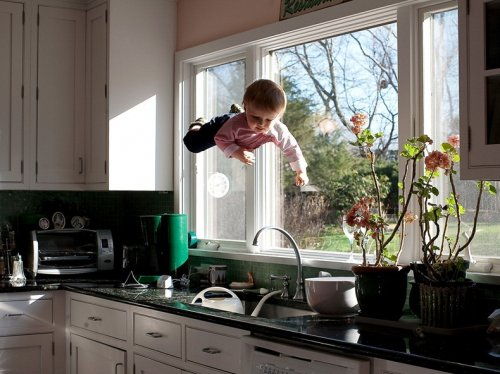 Летающий малыш от Рэйчел Хулин