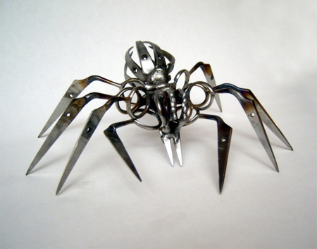 Пауки из старых ножниц