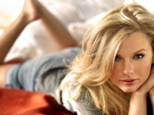 15 самых горячих знаменитостей 2012 года