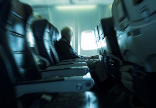 5 знаменитостей, которые боятся летать