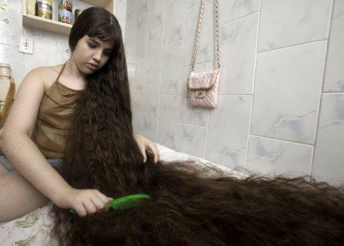 "12-летняя ""Рапунцель"" продаст косу ради ..."