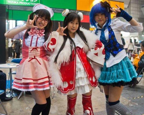 Участницы Токийского Аниме-шоу