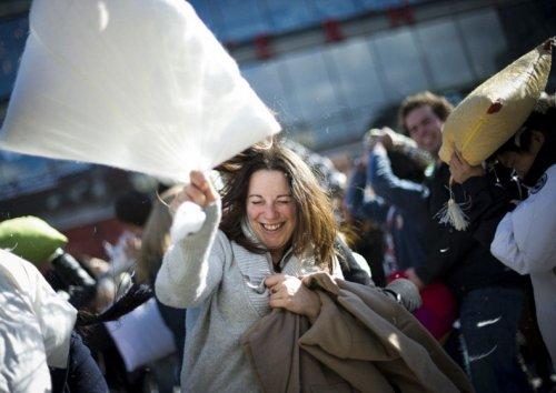 Международный день боев подушками 2012