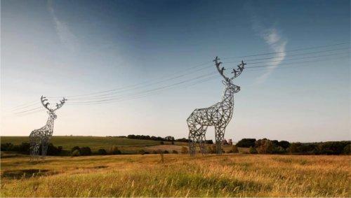 Электроопоры в виде оленей