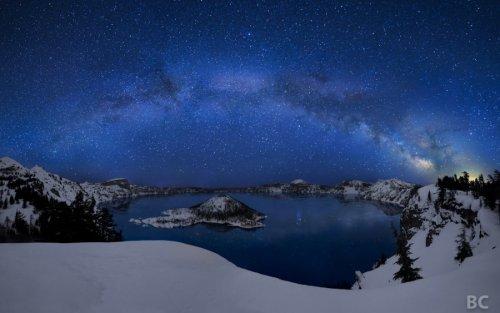 15 самых удивительных кратерных озер