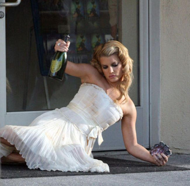 пьяная невеста на свадьбе