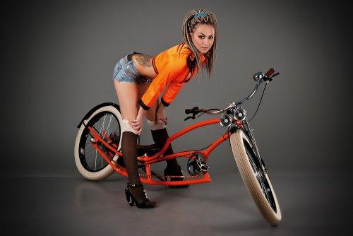 Велосессия с очаровательными девушками