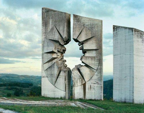 Заброшенные памятники
