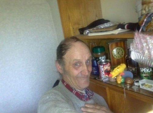 Дедушка и социальные сети