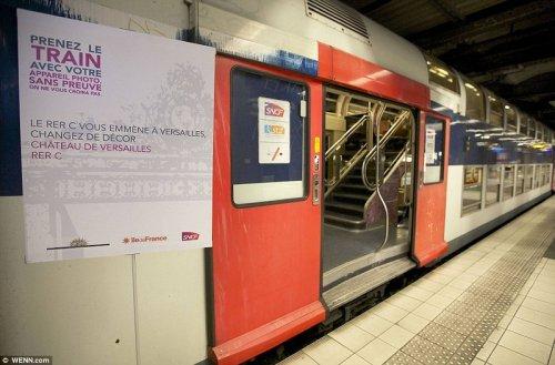 Поезд в стиле Версальского дворца