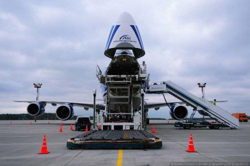 ����� ������� ������� ����� 747-8F