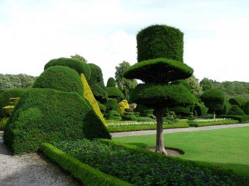 Сад Левенс Холл