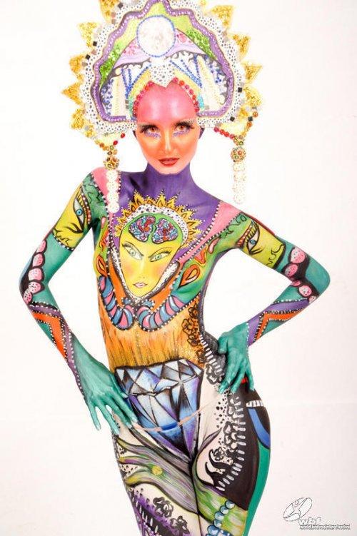 Ежегодный фестиваль боди-арта 2012