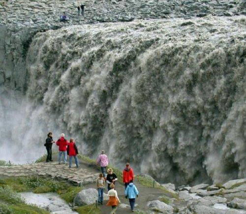 Самый мощный водопад в Европе