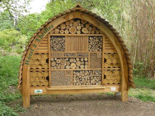 Гостиницы для пчел