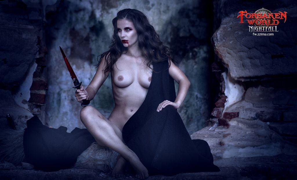 Фото голых красивых брюнеток вампирш 13 фотография