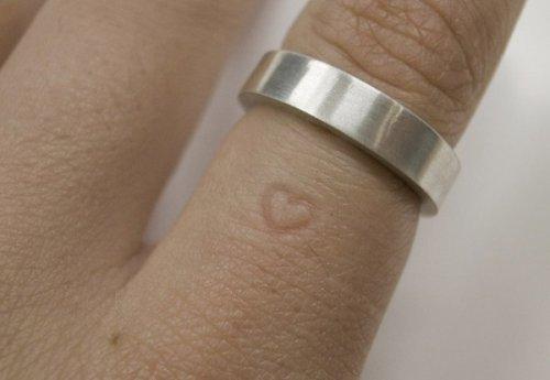Необычные креативные кольца (27 фото)