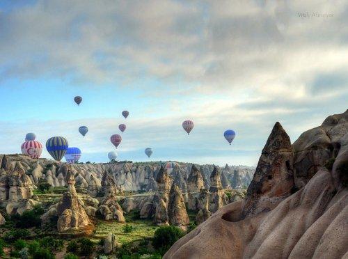 Воздухоплавание над удивительным ландшафтом Каппадокии