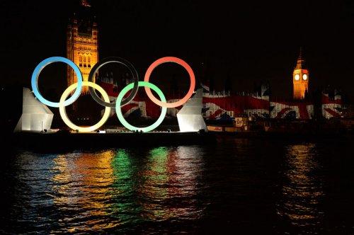 Яркая церемония закрытия Олимпийских игр 2012
