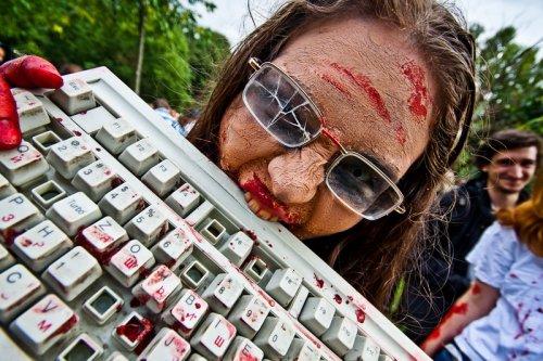 Зомби парад в Петербурге