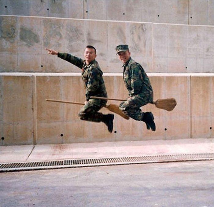 прикольное фото про армию страстей нарастал