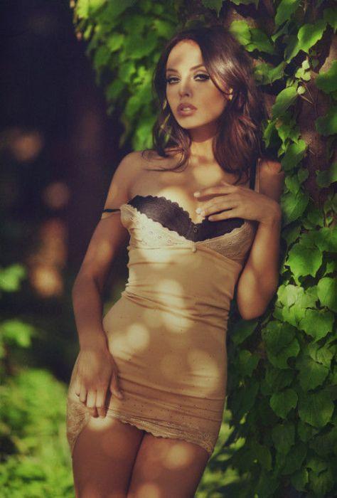 foto-devushek-v-seksualnih-odezhde