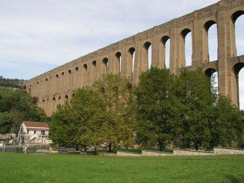5 самых впечатляющих акведуков