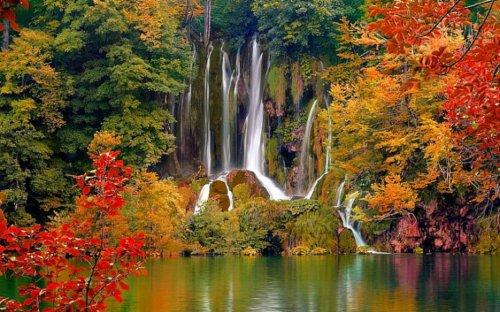 Топ-10: самые красивые озера в мире