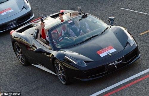 Мировой рекорд по количеству Феррари на одной трассе
