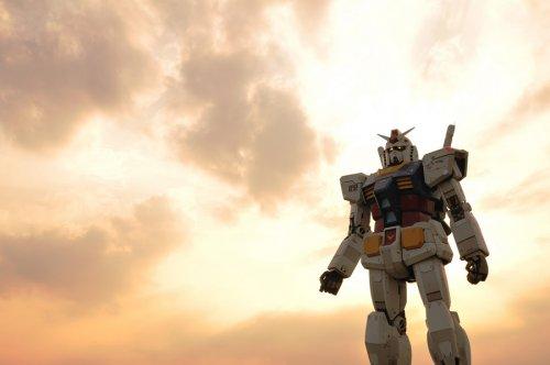 Японский робот-исполин Gundam