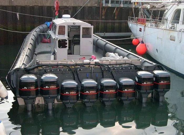 мотор слетел с лодки