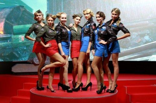 Девушки с выставки Игромир (31 фото)