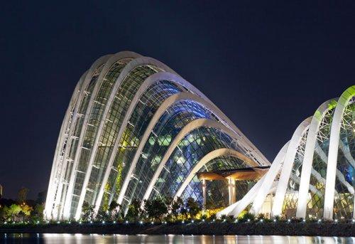 Лучшим зданием в мире стали Зимние сады в Сингапуре