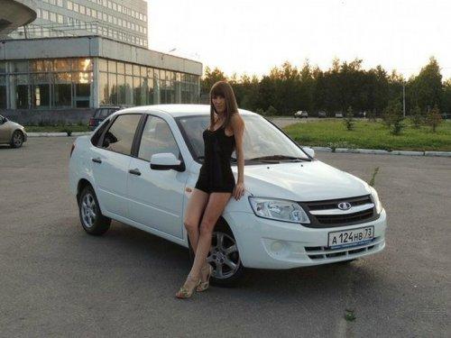 Большая коллекция: российские девушки у тюнингованных автомобилей